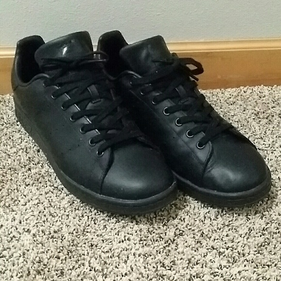 le adidas nero stan smith mens taglia 12 poshmark